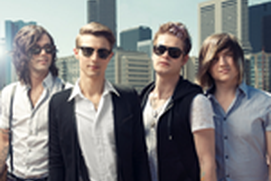 Hot Chelle Rae FANfinity