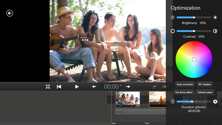 Easy color correction: Adjust the picture manually or fully automatically