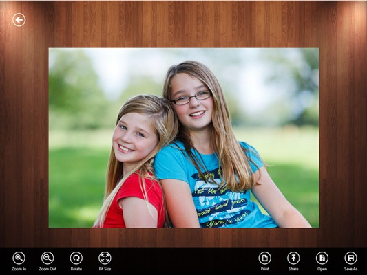View Image: present you the best viewing features with zoom-in/out, rotate left/right, and fit-page/size.