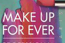 Stunning Makeup Girls